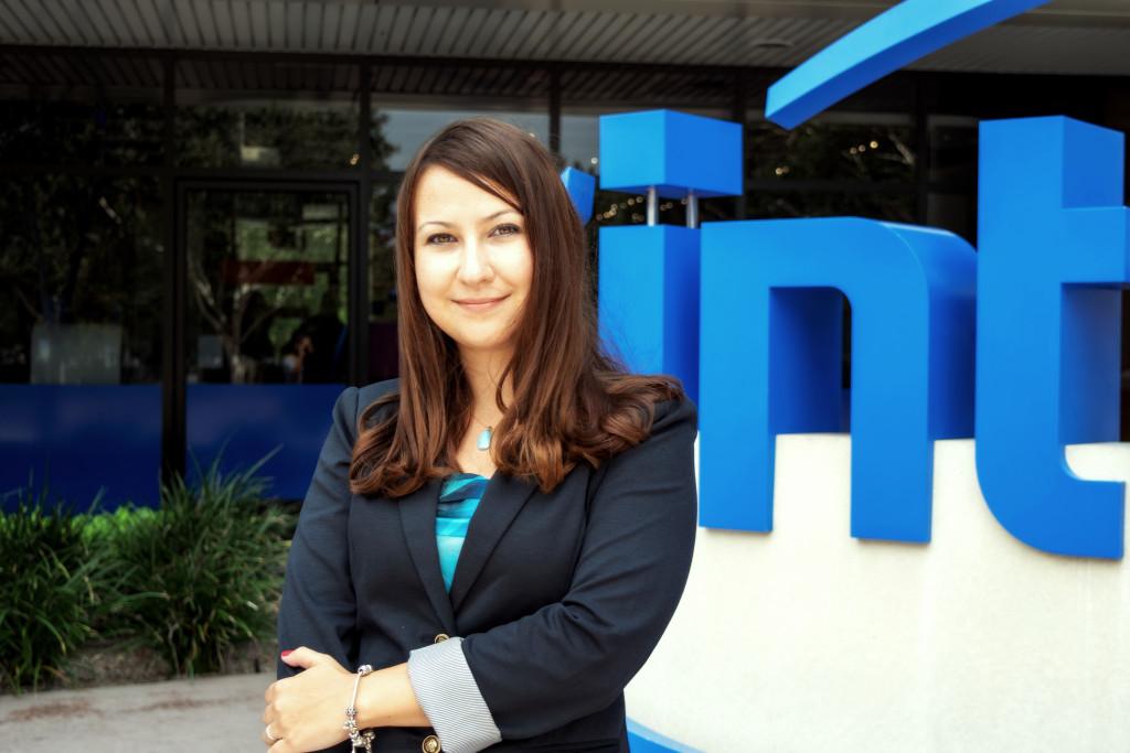 Судьба связала Юлию Тэлль с Intel девять лет назад. Фото: Julissa Ramirez