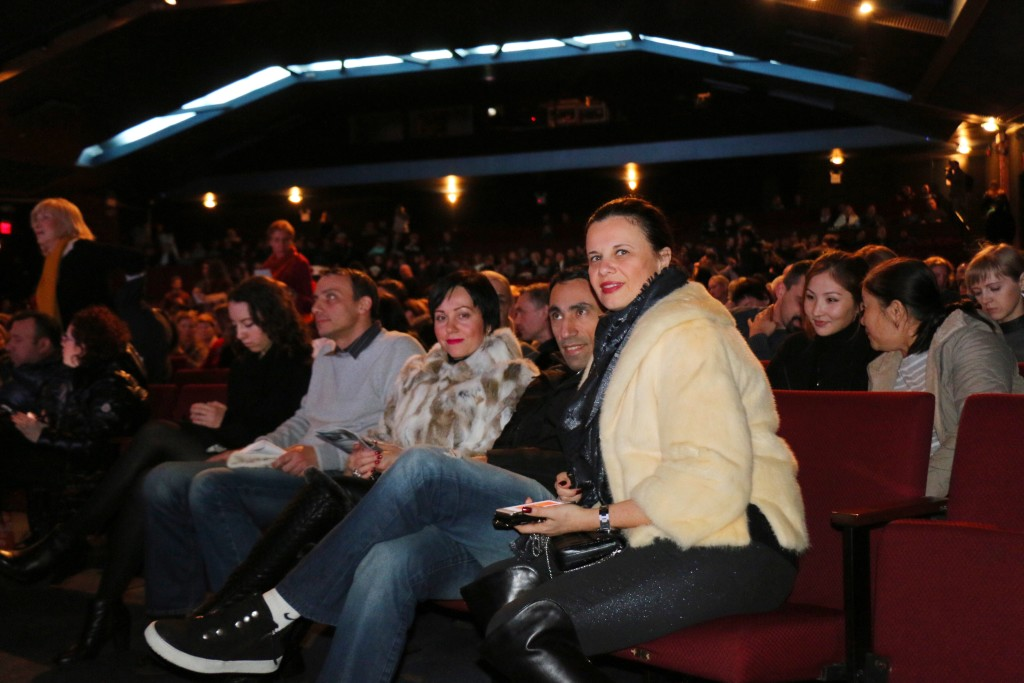 Свободных мест в зрительном зале почти не было. Фото Дениса Чередова