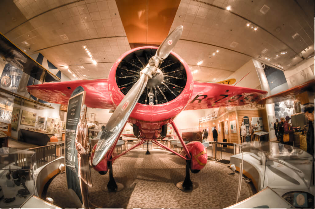 Настоящие самолёты и ракеты в Музее авиации и космоса. Фото: m01229, flickr.com