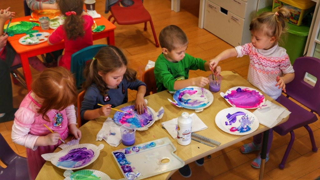 В детском саду Инны Фурмановой сейчас около 30 детей. Фото Дениса Чередова