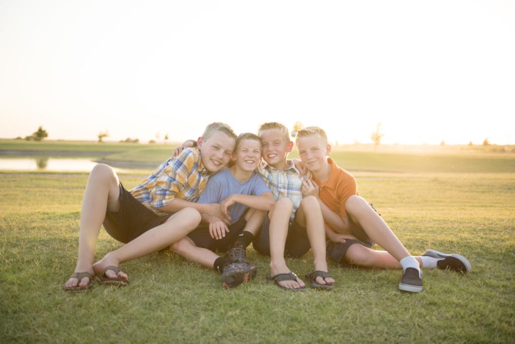 Сыновья Таши и Богдан очень подружились за время каникул. Фото из личного архива.