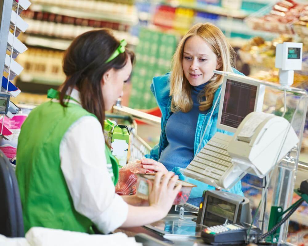 Покупая что-то в магазине США, необходимо прибавить налог к стоимости продукта Фото:images.wisegeek.com/