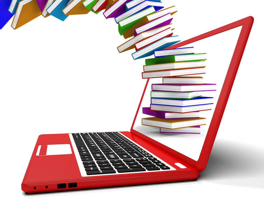 Самообразование онлайн. Фото: Depositphotos