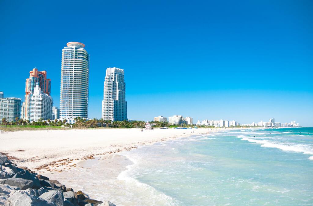 Майами - город пляжей, пальм и контрастов. Фото: depositphotos.com