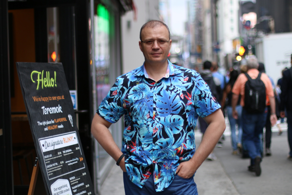 Михаил Гончаров открыл свой бизнес в конце 90-ых. Фото Дениса Малинина
