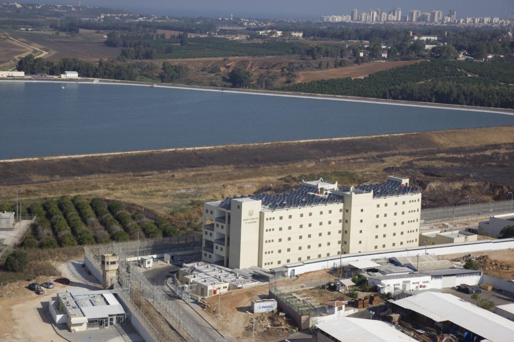"""Тюрьма """"Римоним"""". Фото: Управление тюрем Израиля."""