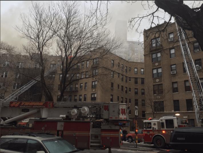 Врезультате сильного возгорания наМанхэттене пострадали 14 человек
