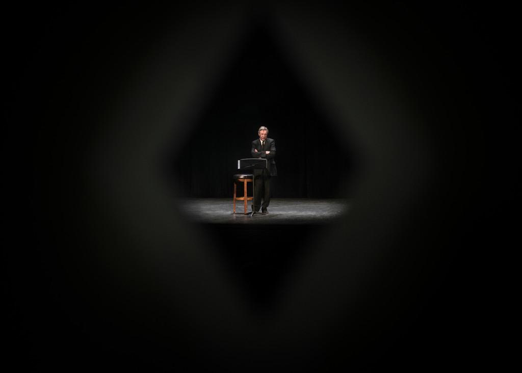 Михаил Ефремов во время выступления в Нью-Йорке. Фото: Павел Терехов