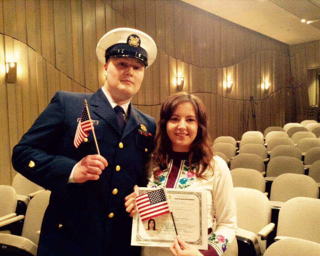 Украинка Людмила теперь - гражданка Америки.