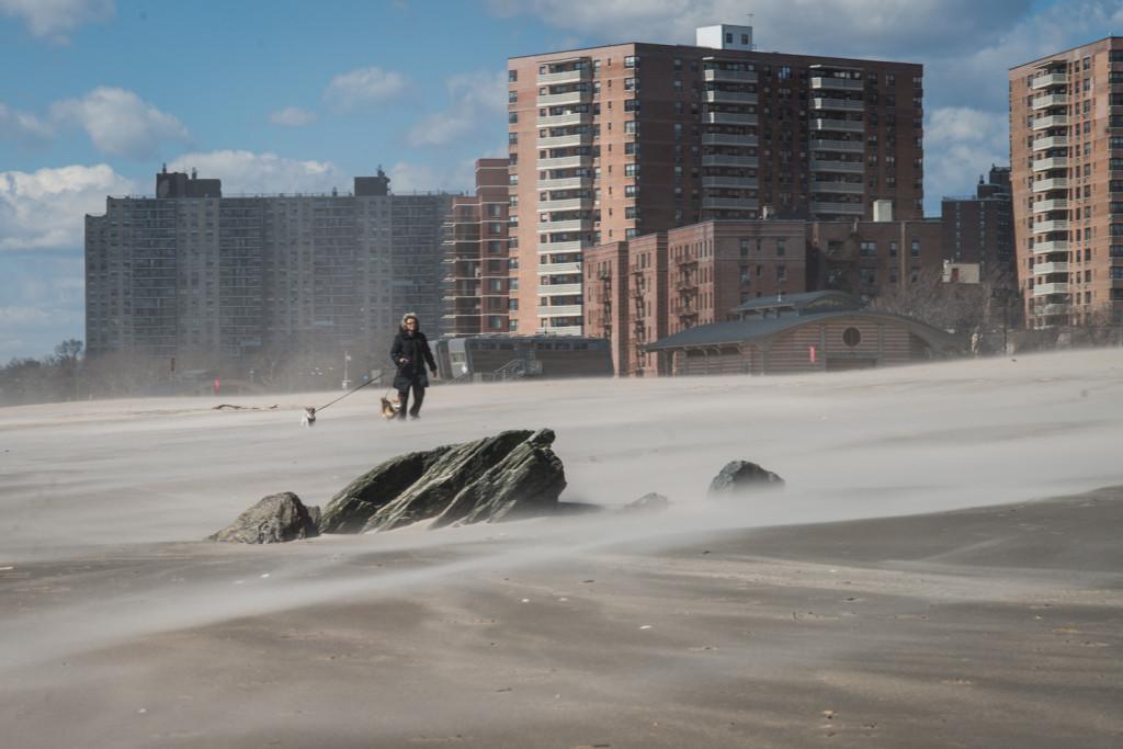 Пляж на Брайтон Бич. Фото Павел Терехов