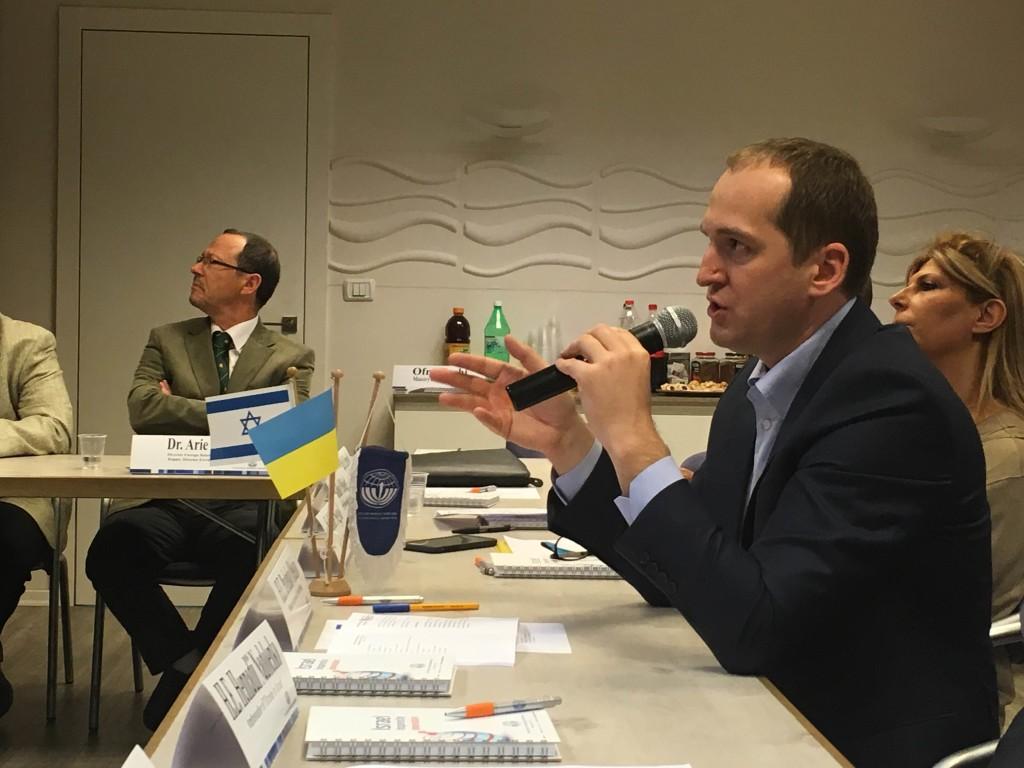 Министр агрополитики Украины Алексей Павленко выступает в Израиле. Фото: Сергей Братчук.