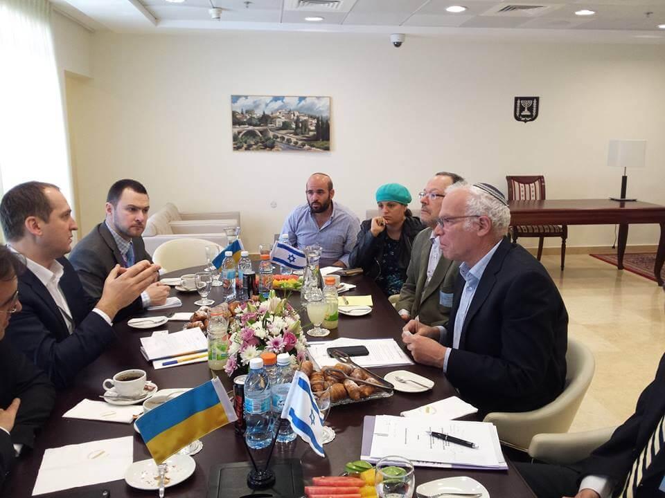 Министр Алексей Павленко с министром сельского хозяйства Израиля Ури Ариэлем. Фото: Сергей Братчук.
