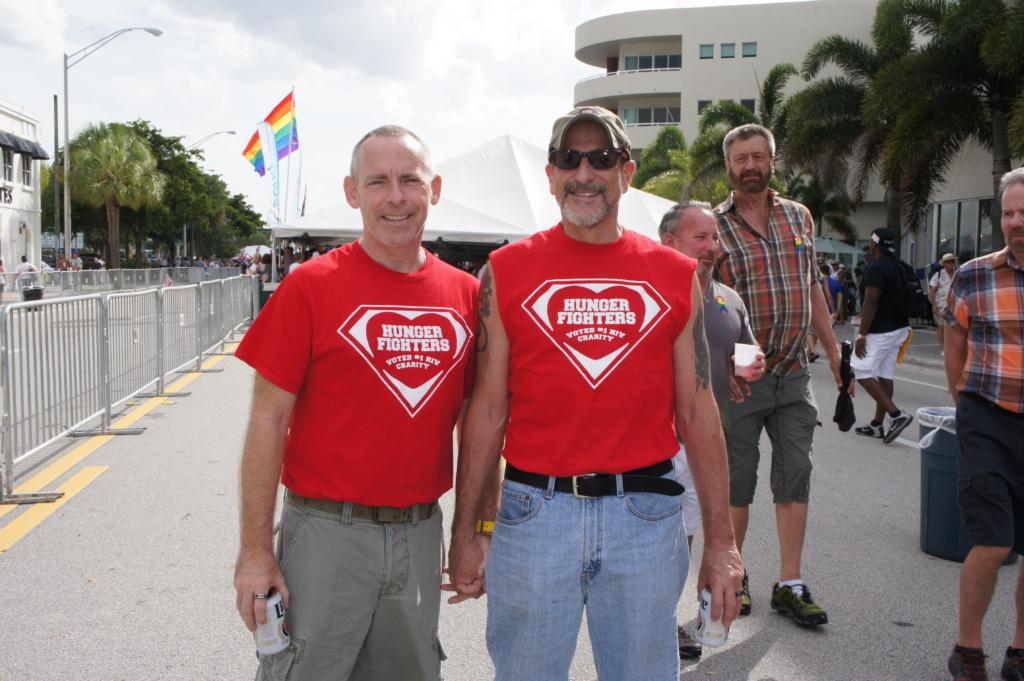 Эл-Джей (cлева) уже в пятый раз участвует в фестивале Stonewall в Уилтон-Мэйнорс. Фото: Рафаэль Априам