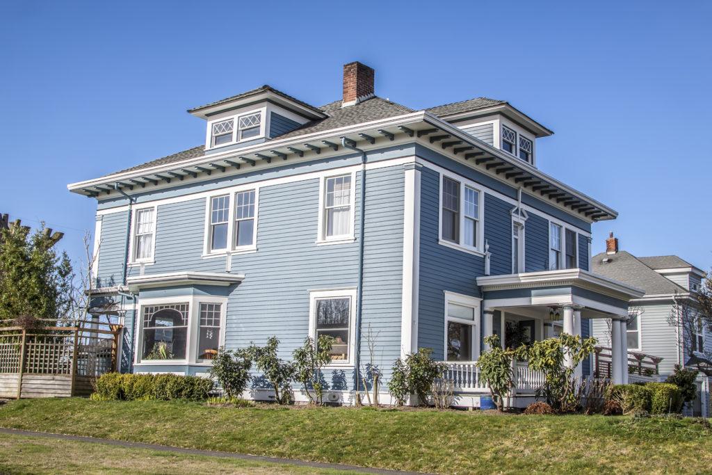 Покупка недвижимости в США не гарантирует вам, что вы сможете делать в своем доме все, что хочется. Фото: depositphotos.com