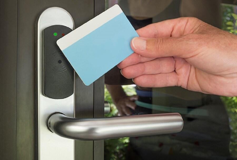 О системе безопасности отеля лучше навести справки заранее. Фото: ru.depositphotos.com