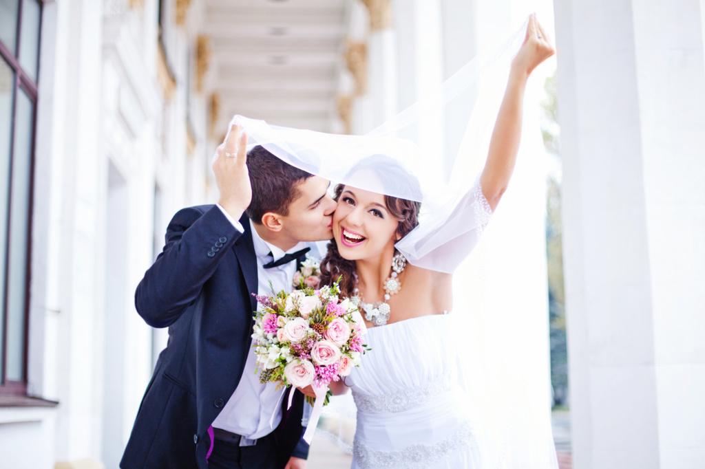 Зарегистрировать брак в США несложно, но требует ряда формальностей. Фото: Depositphotos