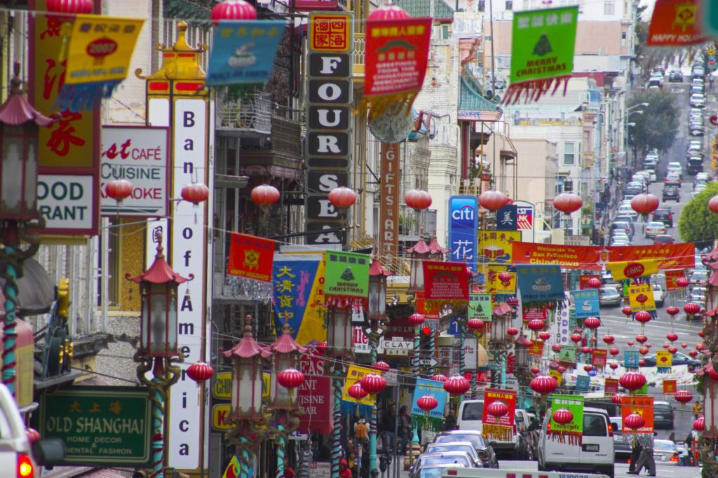 Буйство цвета в Чайнатауне в Сан-Франциско. Фото: Depositphotos