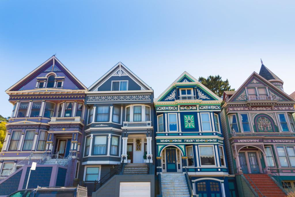 Сан-Франциско известен своими домами в Викторианском стиле. Фото: Depositphotos