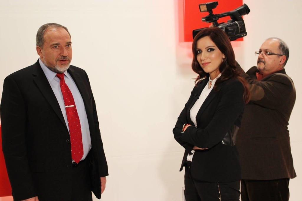 Лидер политической партии «Наш дом — Израиль», министр обороны Израиля Авигдор Либерман и Катерина Котрикадзе.