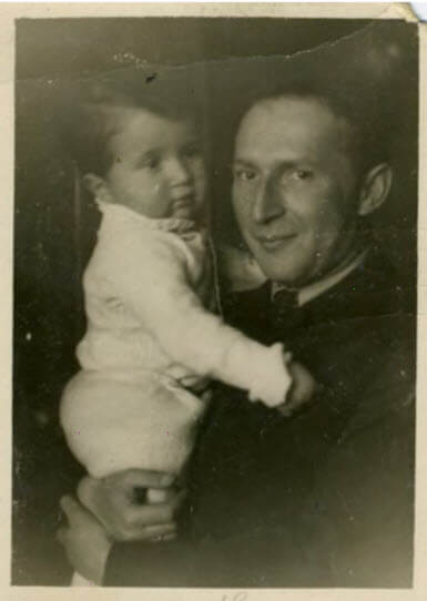 roald-hoffman_with-father_1938