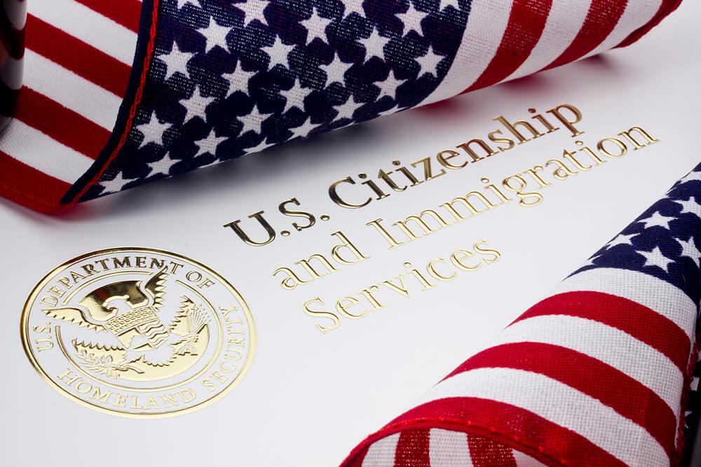 В США впервые за 6 лет поднимут иммиграционные тарифы Фото: Depositphotos