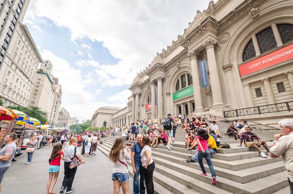 Многие городские развлекательные мероприятия можно посетить бесплатно. Фото: depositphoto