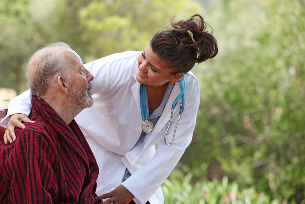 Медсестры - это востребованные специалисты по всей Америке. Фото: depositphotos.com
