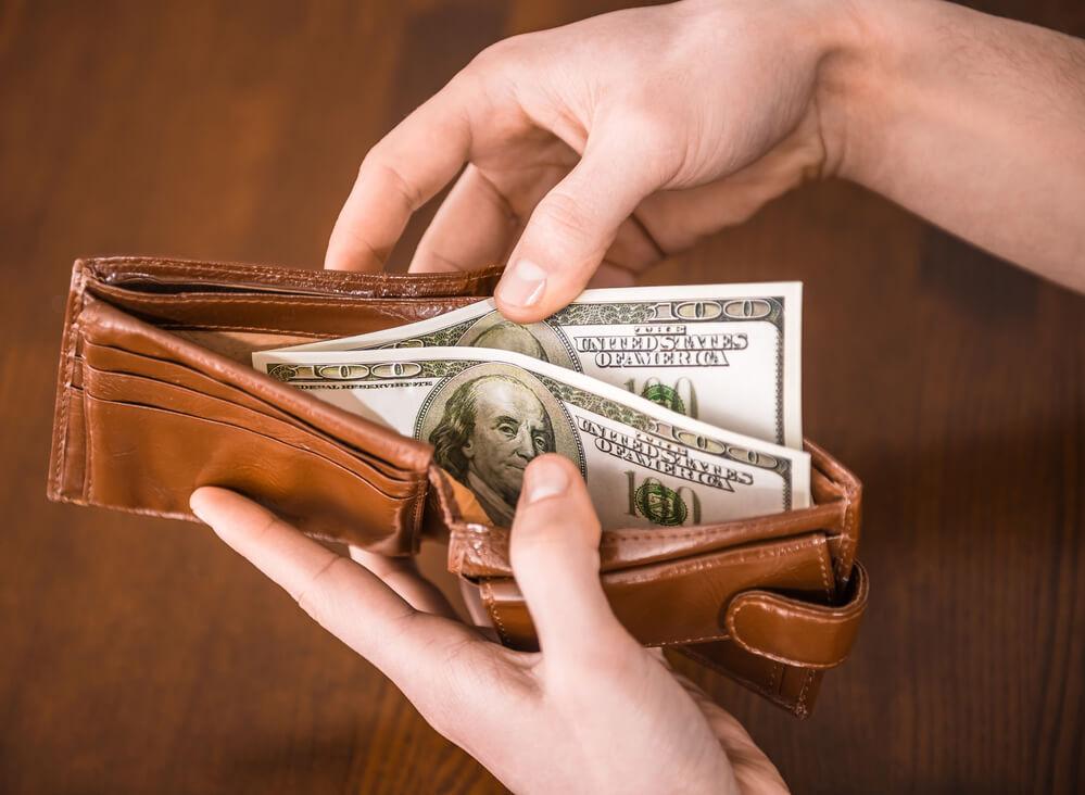 Простые способы позволят сэкономить огромные деньги. Фото: depositphoto