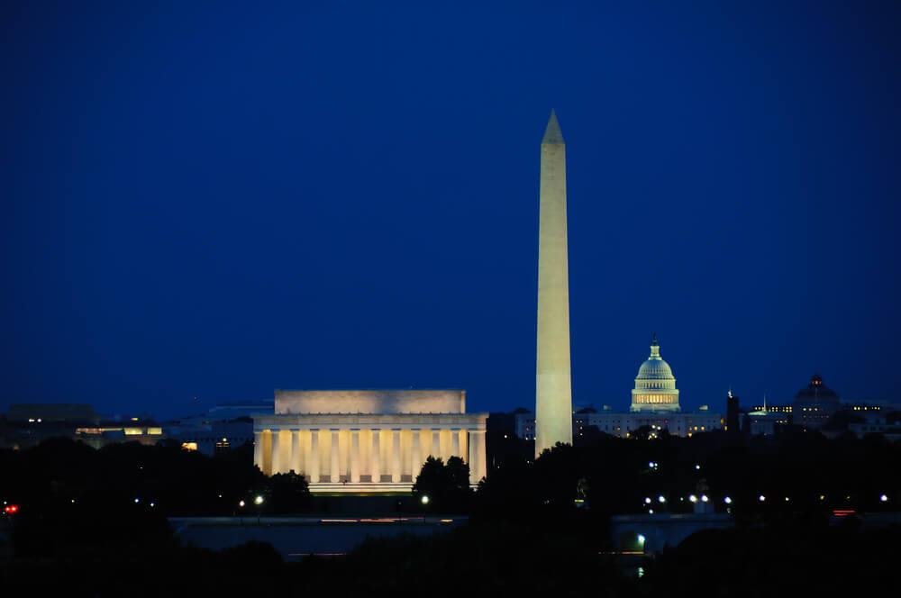 Монумент Вашингтона. Фото: depositphoto