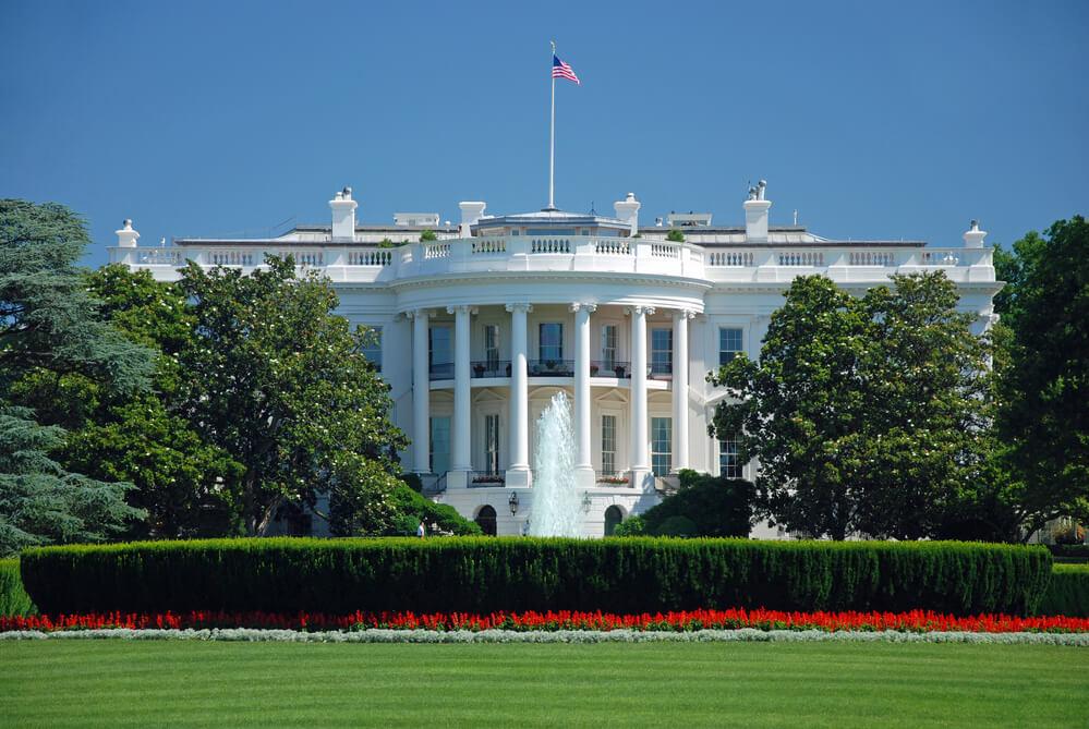 Белый дом Фото: Depositphotos