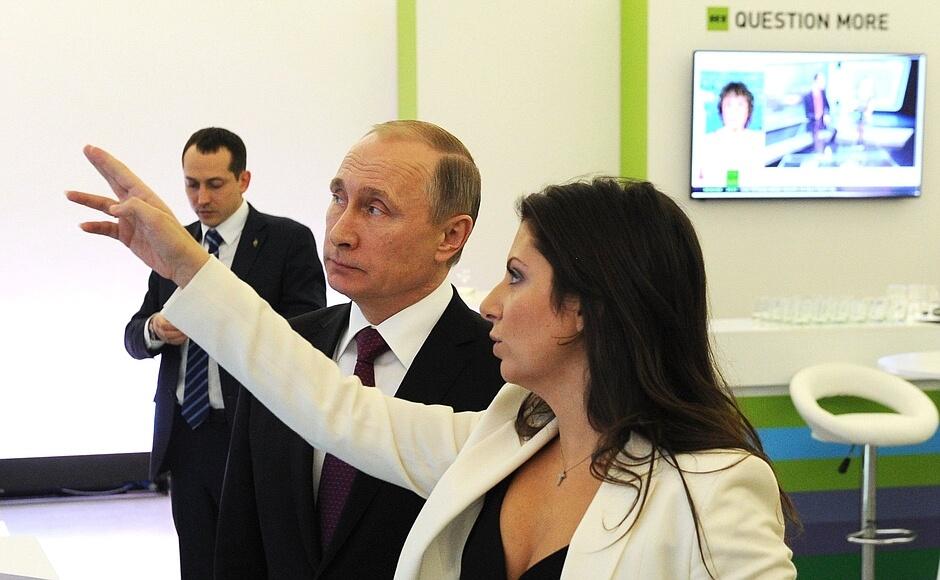 Маргарита Симноньян, главный редактор телеканала RT и Владимир Путин. Фото: пресс-служба Кремля