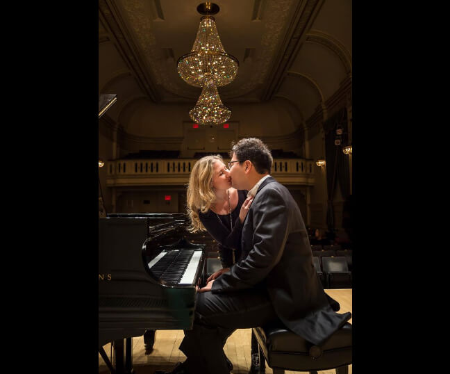 """Happy with Nikoleta Rallis in Carnegie Hall"" - this is how the touching photo is signed on the musician's page. Photo facebook.com/pg/azamatsydykov"