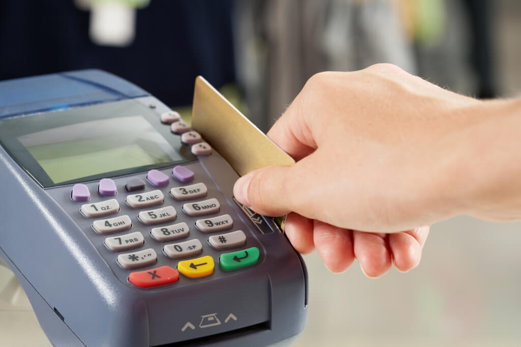 Thanks to the credit card you can afford a lot. Photo: depositphotos.com