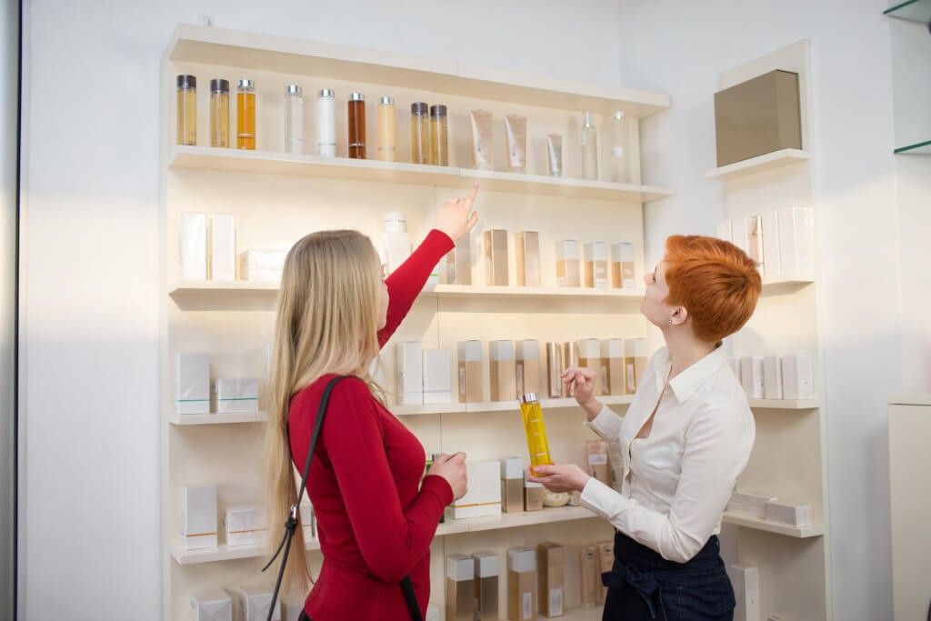 In the American store, you can even return cosmetics. Photo: depositphotos.com
