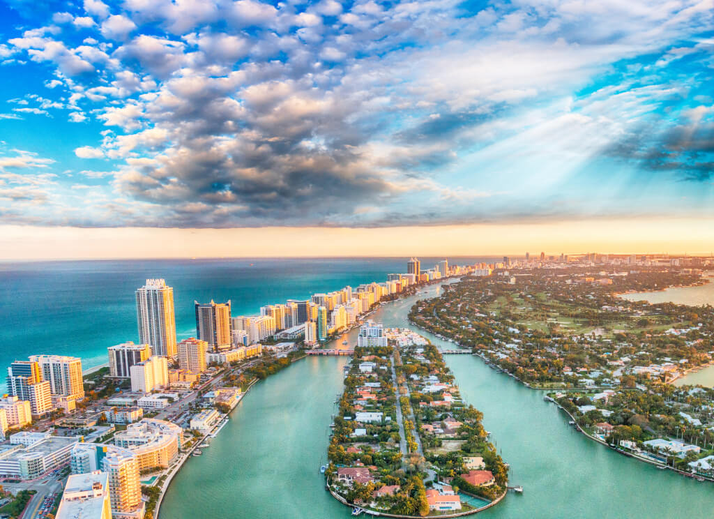 In Miami, it is impossible not to fall in love. Photo: depositphotos.сom