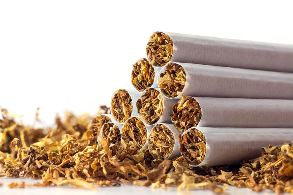 Табачные изделия возраст сигареты беломорканал цена купить