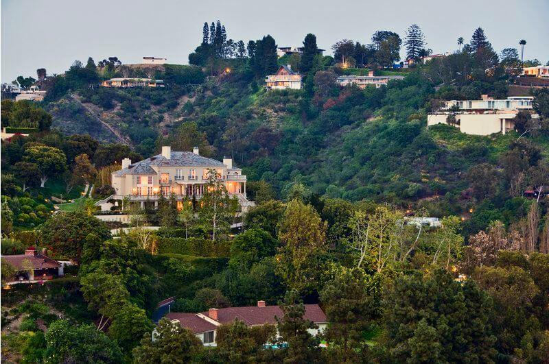 Лос анджелес бель эйр снять дом в дубай казань
