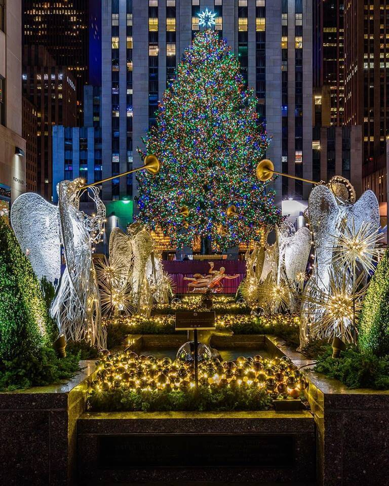 Milleridge Inn Christmas Village 2018.11 Towns In New York That Turn Into A Christmas Tale Every
