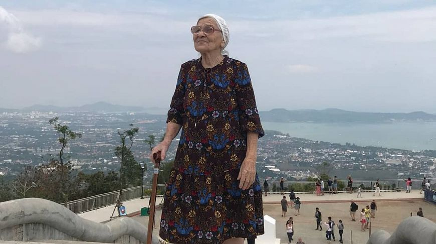 91-year-old Russian woman conquered Phuket. PHOTO - ForumDaily