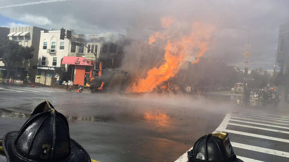 ВСан-Франциско взорвался газопровод: видео мощного пожара