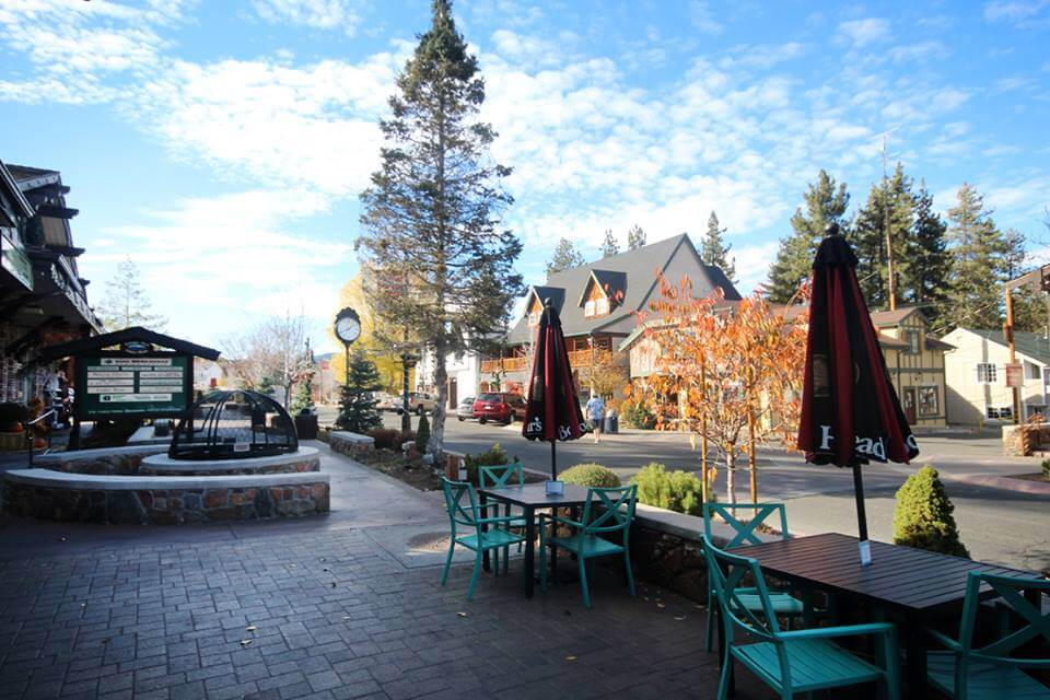 Big Bear Village Christmas.10 Best Places In Southern California To Visit On Weekends