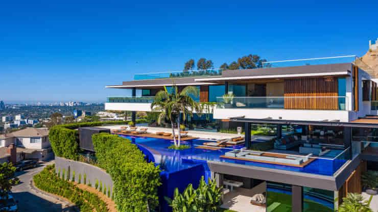 Дома на голливудских холмах недвижимость в районе пляжа банг тао