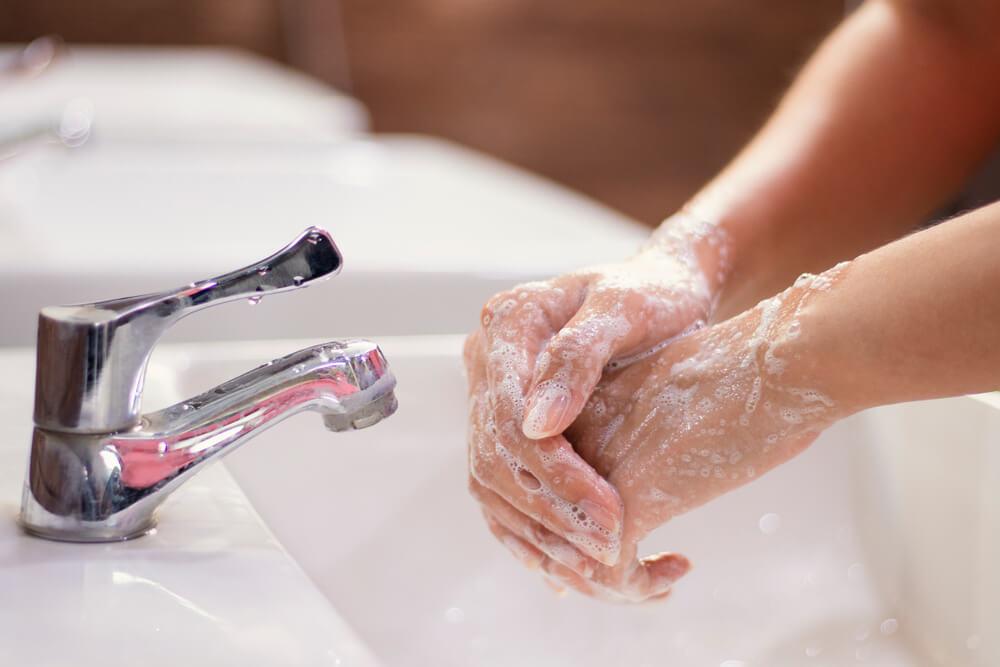 мыть руки и ноги картинки заходила сайд